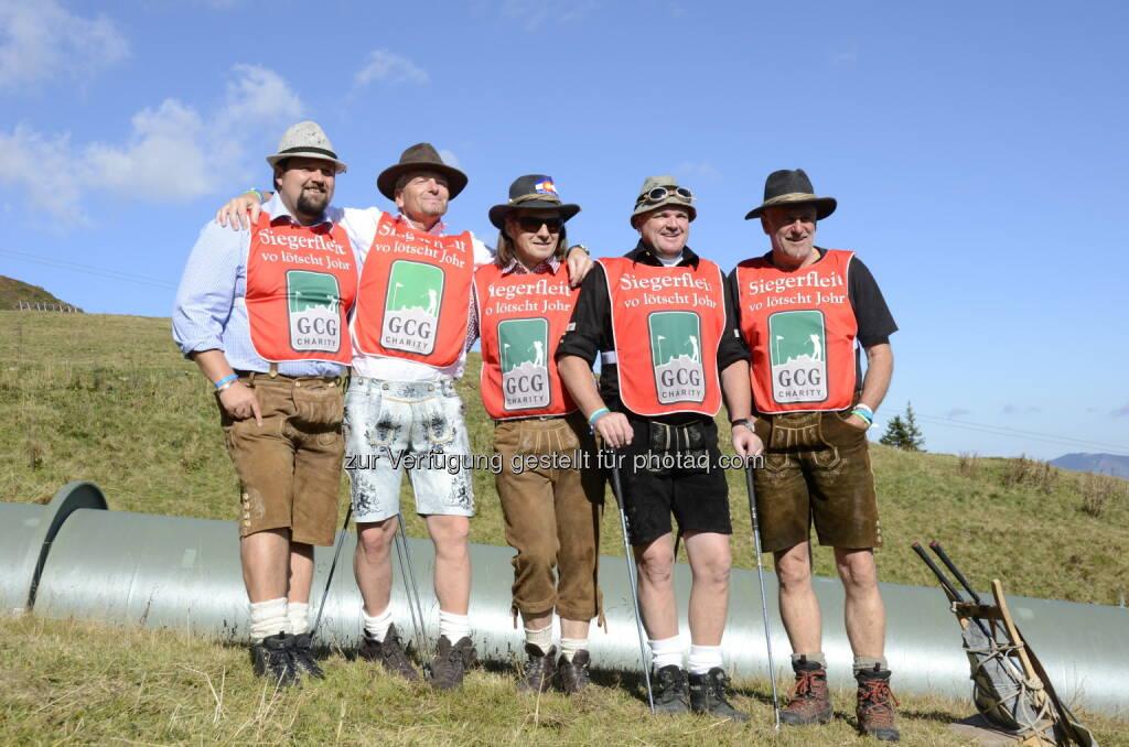 Patrick Linder, Mathias Berthold, Rainer Salzgeber, Wolfi Mähr, Dieter Vonier: GCG-Charity: Rekordergebnis bei Golmer Cross Golf-Charity, © Aussendung (07.10.2014)