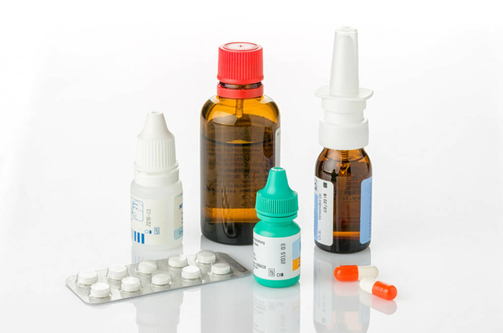 Medizin, Krankheit, Tabletten, Pillen, Arznei, Gesundheit, http://www.shutterstock.com/de/pic-166381583/stock-photo-medicines-for-colds-and-allergies.html, © www.shutterstock.com (25.03.2017)