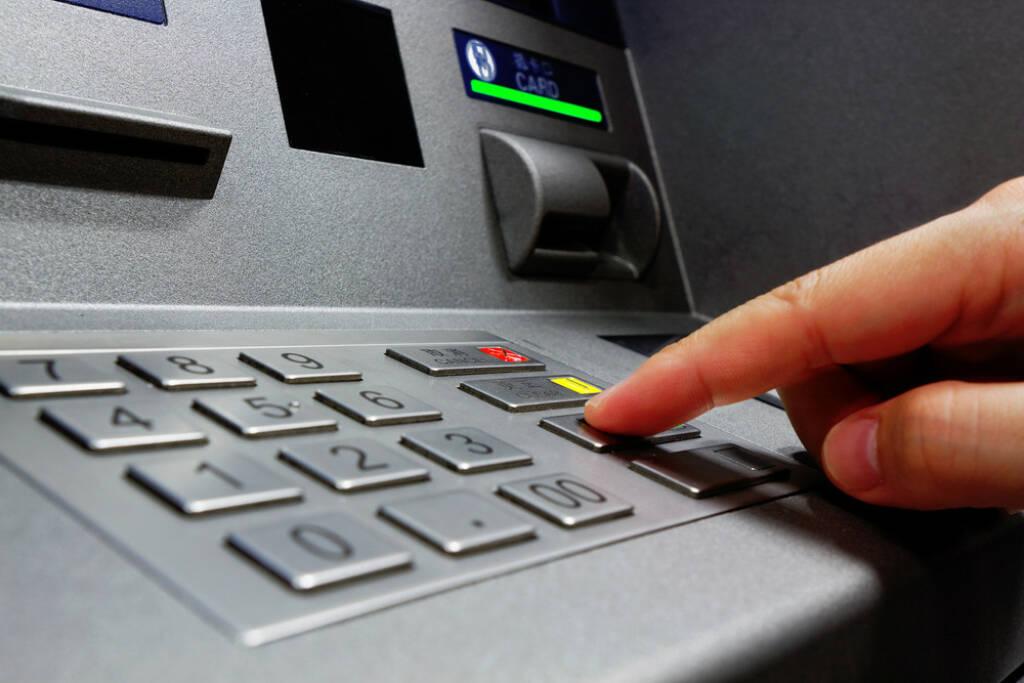Bank, Bankomat, Geld, http://www.shutterstock.com/de/pic-139858978/stock-photo-press-atm-epp-keyboard.html (07.10.2014)