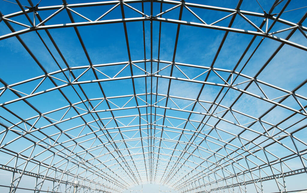 Stahl, Stahlkonstruktion, Stahlträger, Dach, Verbindung, Industrie, Metall,  http://www.shutterstock.com/de/pic-44007904/stock-photo-building-construction-of-metal-steel-framework-outdoors.html (08.10.2014)