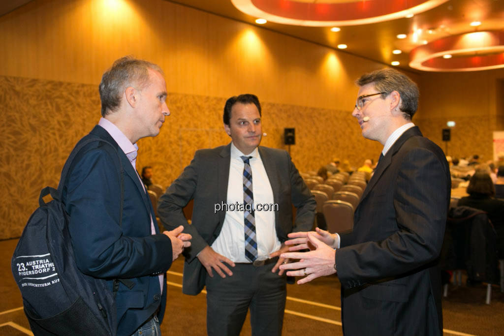 Christian Drastil, Jens Korte (Wirtschaftsjournalist), Heiko Geiger (Vontobel), © photaq/Martina Draper (09.10.2014)