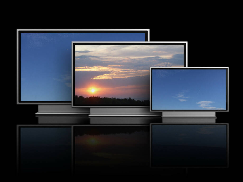 Fernseher, TV, TV-Gerät, http://www.shutterstock.com/de/pic-42778780/stock-photo--d-illustration-of-three-plasma-tv-over-black-background.html, © www.shutterstock.com (25.03.2017)