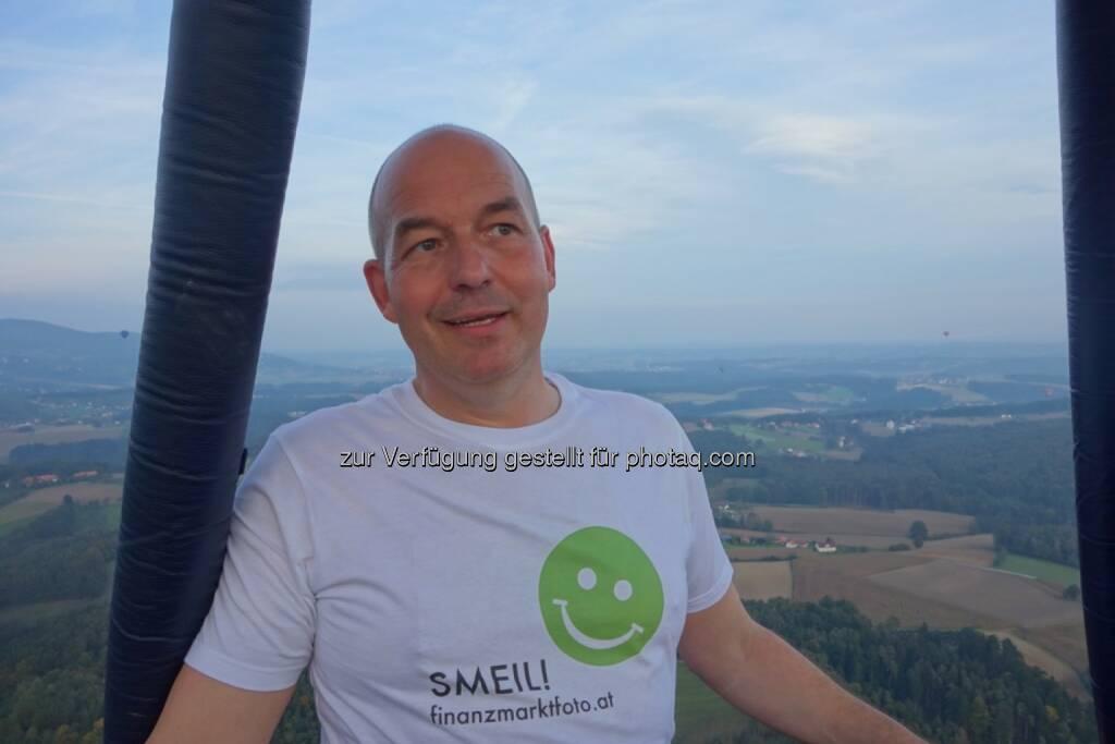 Dirk Hermann Smeil aus dem Ballon über der Steiermark. Mehr Smeil unter http://photaq.com/page/index/374    , © Dirk Herrmann (13.10.2014)
