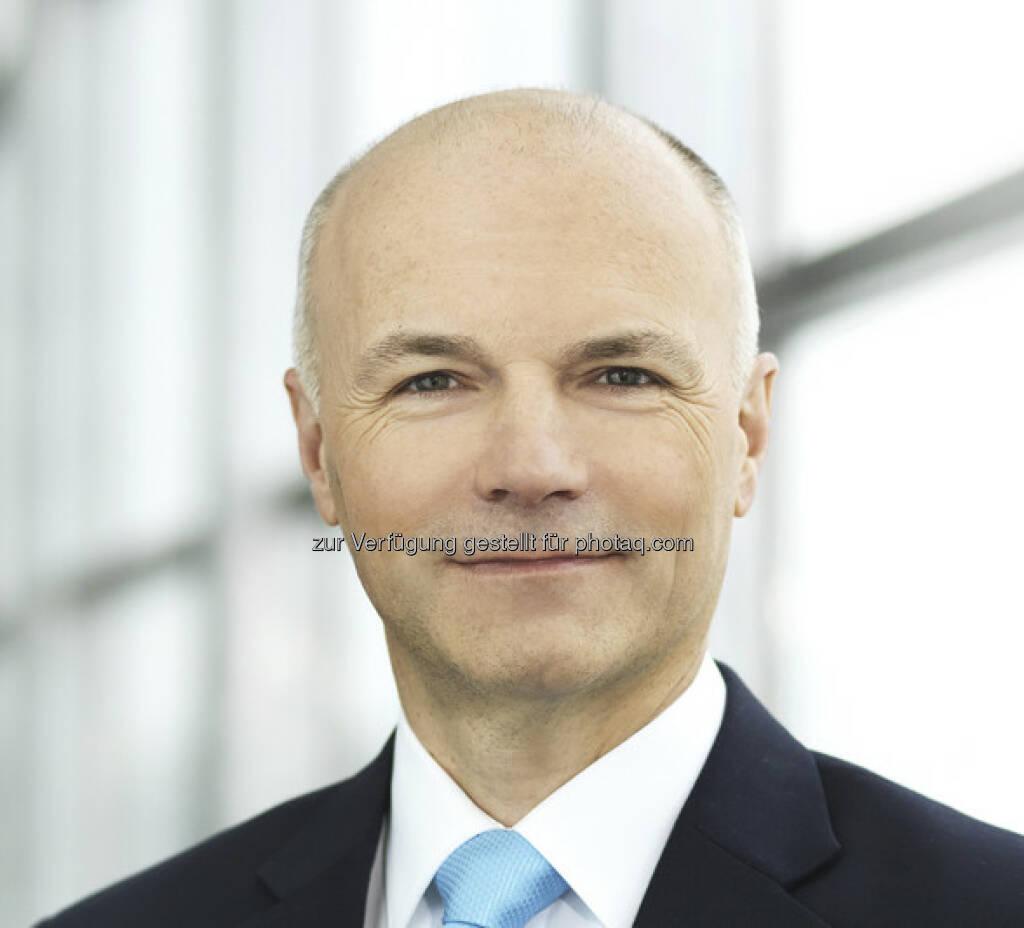 Rosenbauer: Günter Kitzmüller mit Wirkung vom 1. Februar 2013 als neues Vorstandsmitglied ernannt (c) Rosenbauer (28.01.2013)