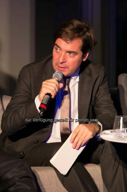 Rainer Nowak, Chefredakteur Die Presse, http://blog.immofinanz.com/de/2014/10/15/talk-im-tower-afrika-fass-ohne-boden-oder-entwicklungsraum-mit-potenzial-/, © Martina Draper für Immofinanz (14.10.2014)