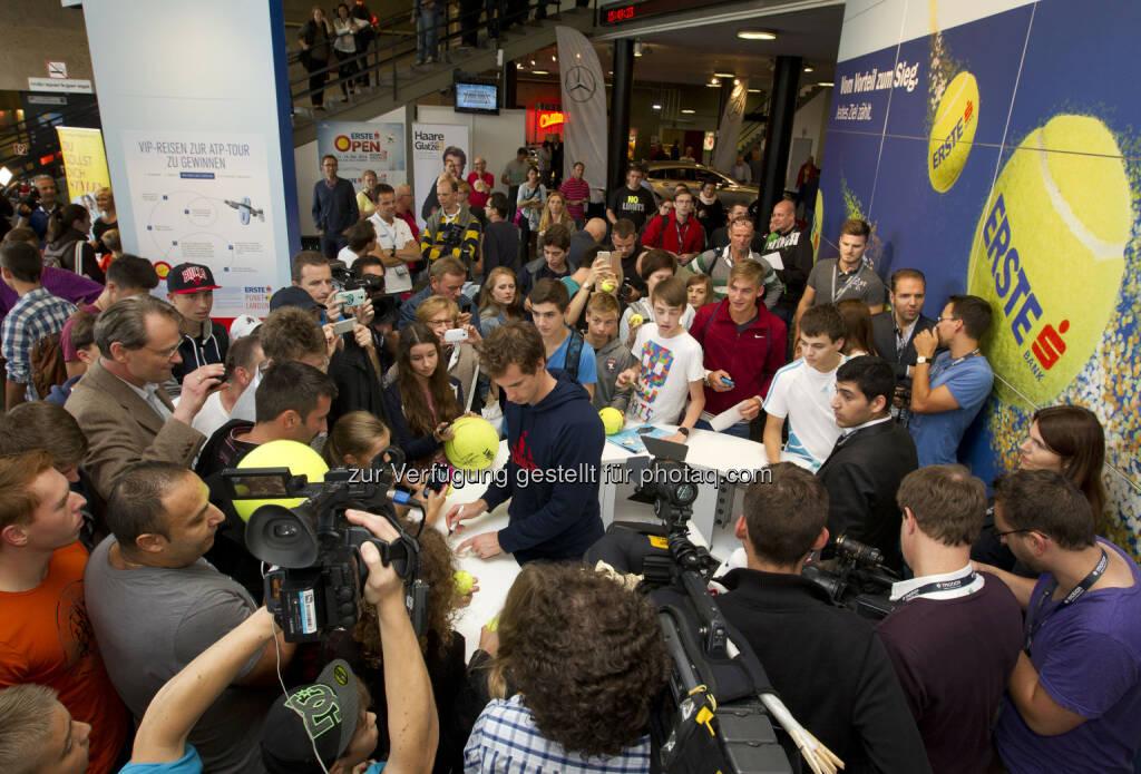 Andy Murray bei der Autogrammstunde am Erste Bank Stand, Erste Bank Open 2014, Wr. Stadthalle 15.10.2014, Copyright e|motion/zolles.com, © Aussendung (15.10.2014)