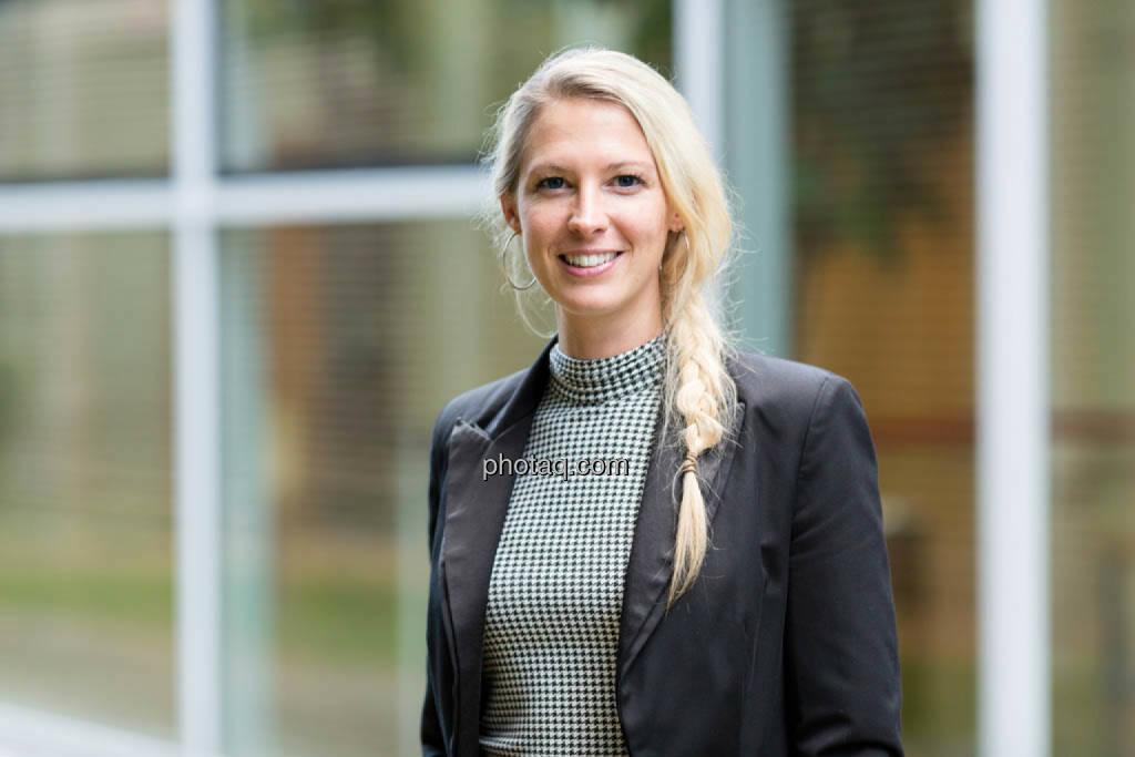 Nina Bergmann, finanzen.net, © photaq/Martina Draper (16.10.2014)