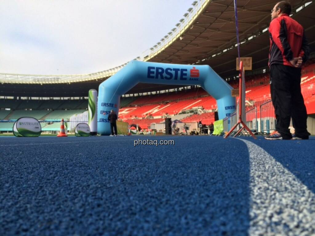 Ernst Happel Stadion, Startbereich, Erste Bank (19.10.2014)