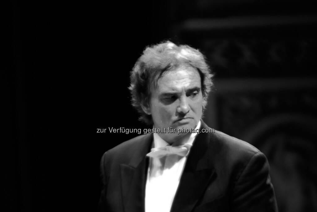 Festspiele SRL: Dirigent Jorge Uliarte leitet 10. Musikfestival in Ushuaia, © Aussender (20.10.2014)