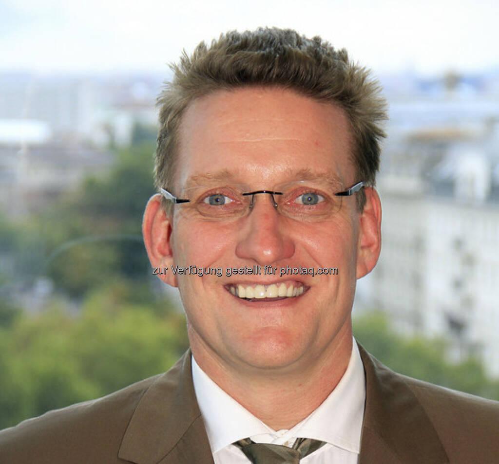 Arnd Münker (45) ist seit 1. Oktober 2012 Sprecher der Geschäftsführung der UNIQA Finanz-Service GmbH und hat damit die Leitung des Group Asset Management übernommen (15.12.2012)
