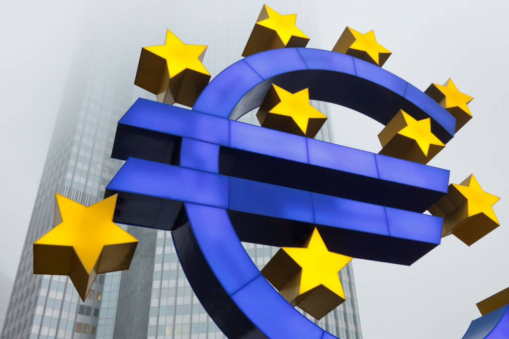 Euro Symbol, European Central Bank (ECB), EZB in Frankfurt - http://www.shutterstock.com/pic-124193863.html - www.shutterstock.com, © www.shutterstock.com (21.07.2018)