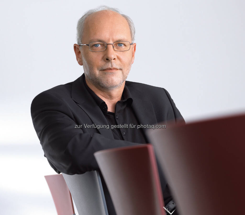 Markus Wiesner, Geschäftsführer der Wiesner-Hager Möbel GmbH: Wiesner-Hager präsentiert sich auf Europas größter Büromöbelmesse Orgatec in Köln mit einem klaren Konzept:, © Aussender (22.10.2014)