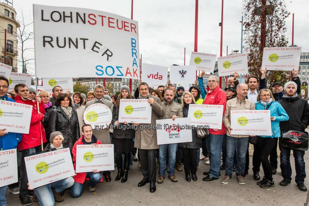 ÖGB Österreichischer Gewerkschaftsbund: ÖGB-Aktionstag Lohnsteuer runter! , © Aussender (22.10.2014)