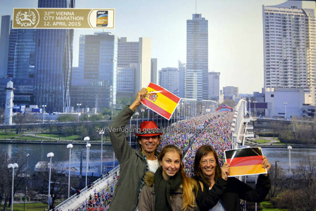 "Mit einem ""We are Europe""-Foto kannst man ein VCM-Package mit Startplatz beim Vienna City Marathon am 12. April 2015 und der Nächtigung beim unserem Offiziellen Hotelpartner Austria Trend Hote gewinnen., © Aussendung (23.10.2014)"