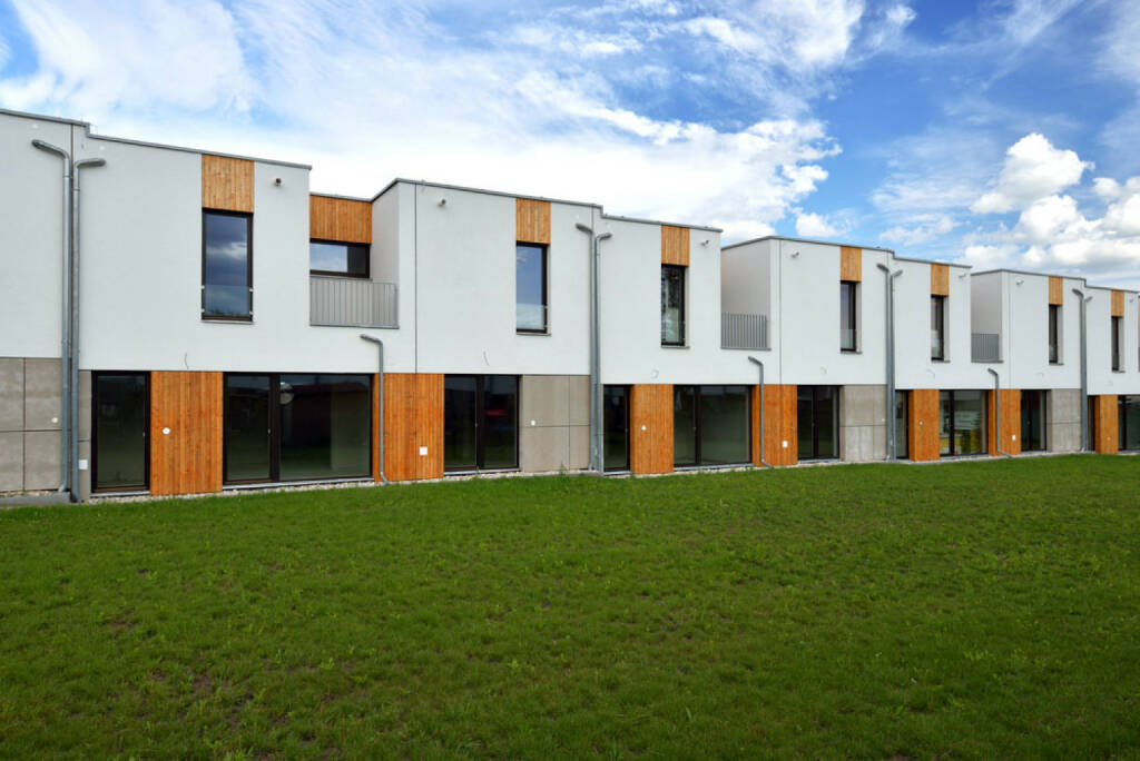 Diverse stockfotos peer groups immobilien for Immobilien haus