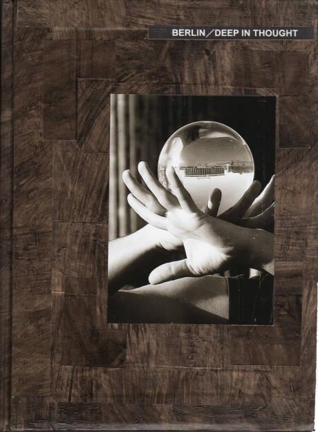 Toshithugu Yamawaki - Berlin / Deep in Thought, Studio a la page 2014, Cover - http://josefchladek.com/book/toshithugu_yamawaki_-_berlin_deep_in_thought, © (c) josefchladek.com (28.10.2014)