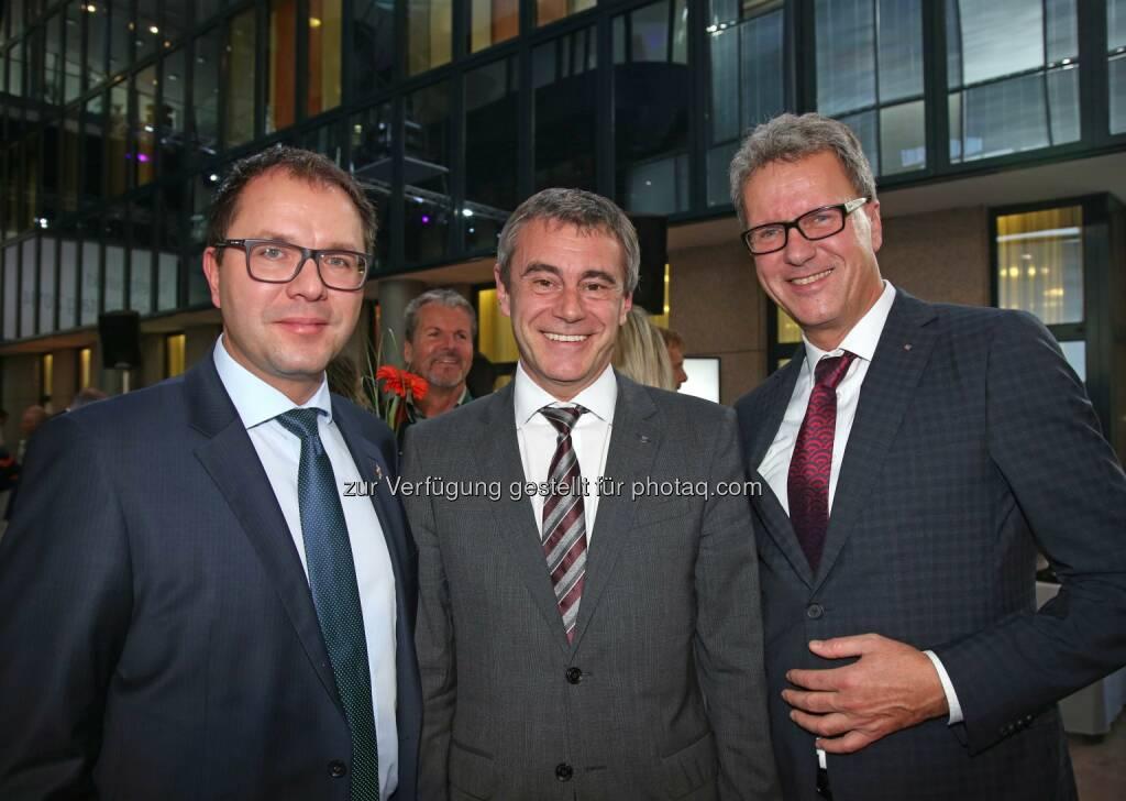 Gerald Mayer (Finanzvorstand Amag), Heinrich Schaller (Generaldirektor RLB OÖ), Klaus Dorninger (Erdgas OÖ-Geschäftsführer) (Bild: RLB OÖ/Strobl) (01.11.2014)