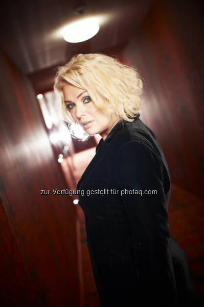 Kim Wilde: Hapag-Lloyd Kreuzfahrten GmbH: Popikone Kim Wilde gibt exklusives Konzert an Bord der Europa 2, © Aussender (05.11.2014)