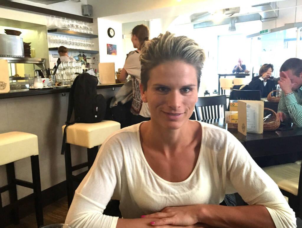 Mit Elisabeth Niedereder (Tristyle) bei motiwirtin.at im Talk über ein Pro-Running-Team (09.11.2014)