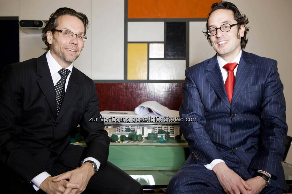Stephan Heid und Martin Schiefer beraten die Sozialpartner-Initiative Faire Vergaben sichern Arbeitsplätze, © Aussender (11.11.2014)