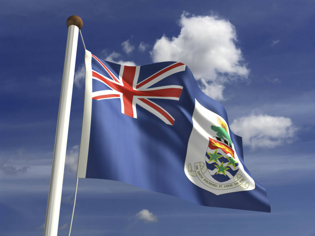 Cayman Islands Fahne, Flagge, http://www.shutterstock.com/de/pic-144084667/stock-photo-cayman-islands-flag-with-clipping-path.html, © (www.shutterstock.com) (12.11.2014)