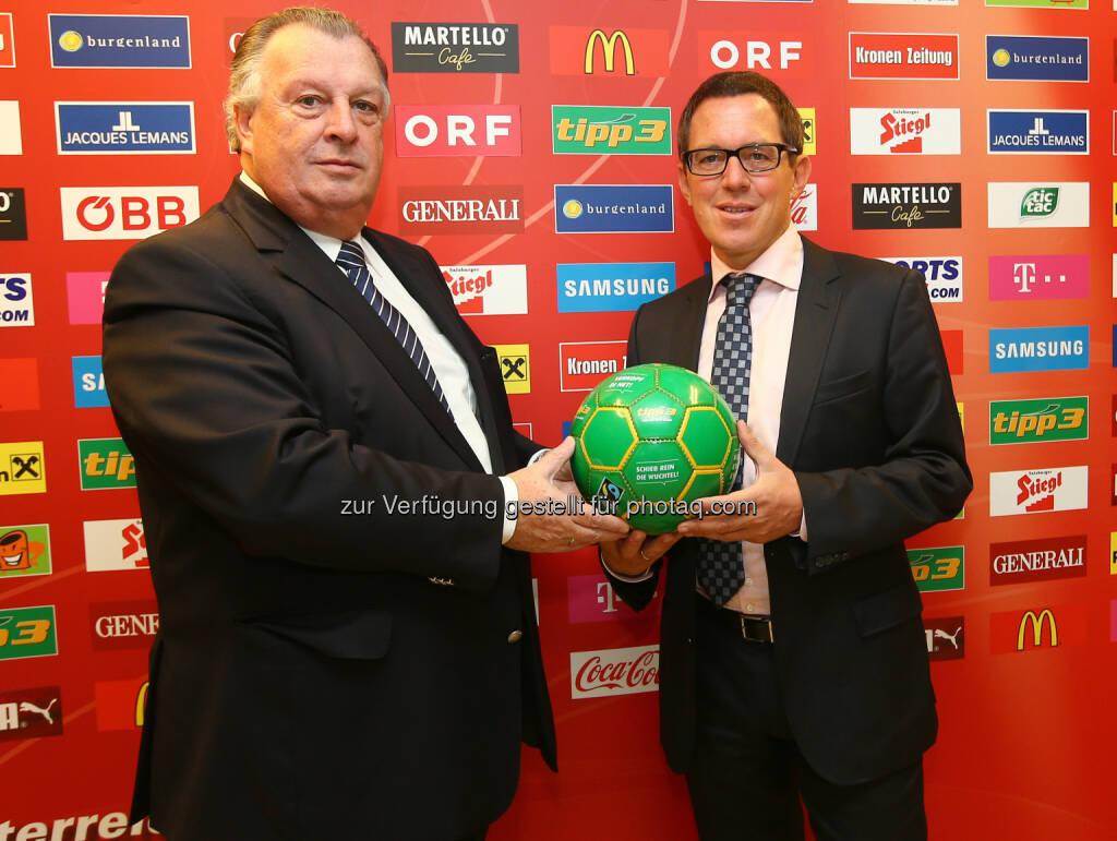 Alfred Ludwig (ÖFB) und CEO Philip Newald (tipp3) - tipp3 und Toto verlängern Vertrag mit dem ÖFB  (Bild: GEPA pictures/ Christian Ort), © Aussendung (13.11.2014)