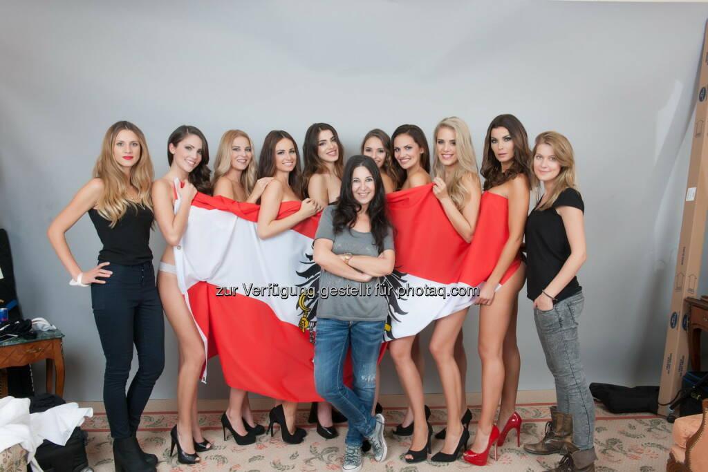 Anna Hammel, Christine Reiler, Silvia Schachermayer, Amina Dagi, Julia Furdea, Tanja Duhovich, Tatjana Boenisch und Carmen Stamboli, © www.manfredbaumann.com  (15.11.2014)