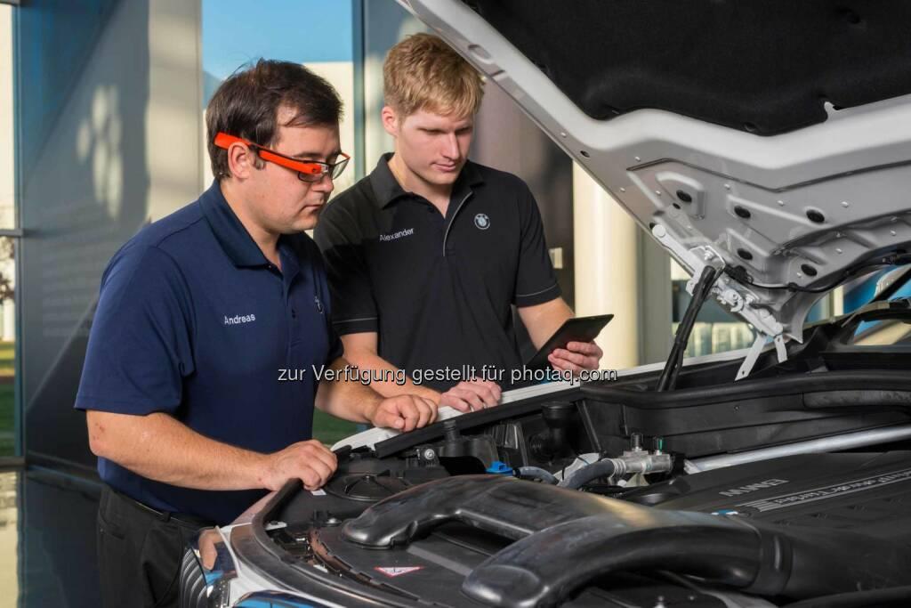 BMW Group testet Datenbrille zur Qualitätssicherung in der Produktion., © Aussendung (18.11.2014)