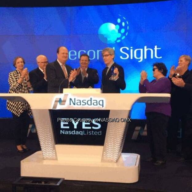Second Sight rings the Nasdaq Closing Bell  #bioniceye $EYES  Source: http://facebook.com/NASDAQ (20.11.2014)