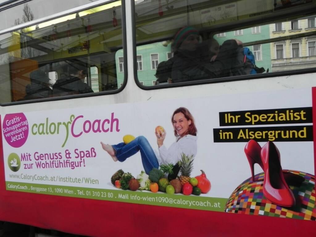 D-Wagen-Tour: Das Bild vom Shooting mit Pia Eichwalder (Calory Coach), gemacht von photaq-Fotografin Martina Draper, fährt nun auf dem D-Wagen durch Wien - http://martina-draper.at/2012/12/13/pia_eichwalder_glyx_lounge#bild_8914 (20.11.2014)