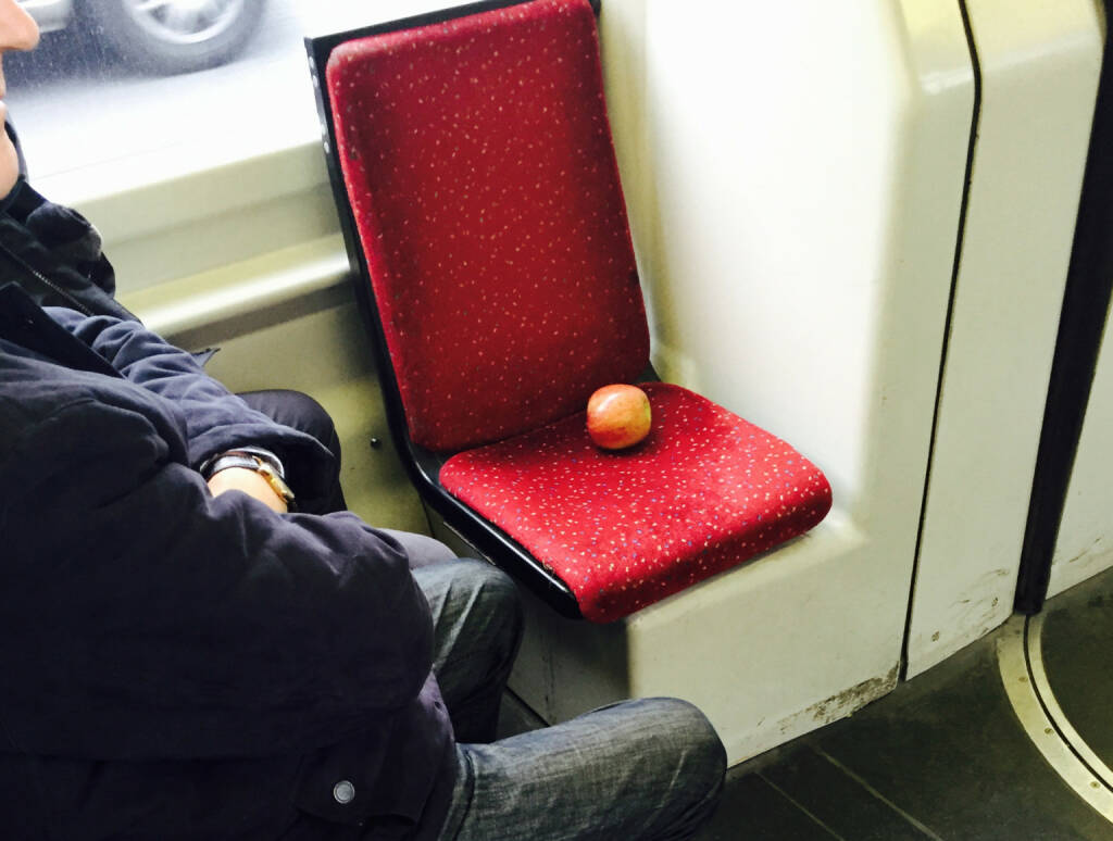 Apple  (22.11.2014)