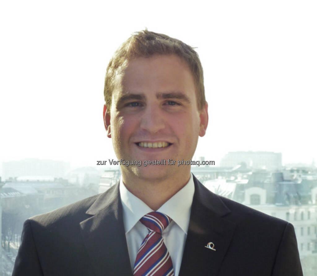 Neu im Vorstand der Uniqa FinanceLife: Thomas Jaklin, 34, startete seine Karriere 2004 als Versicherungsmathematiker bei der Helvetia Versicherung bis er Anfang 2012 als Bereichsleiter für Versicherungstechnik in der Lebensversicherung zu UNIQA wechselte. Jaklin ist verheiratet und hat einen Sohn. (c) Uniqa Aussendung  (07.02.2013)