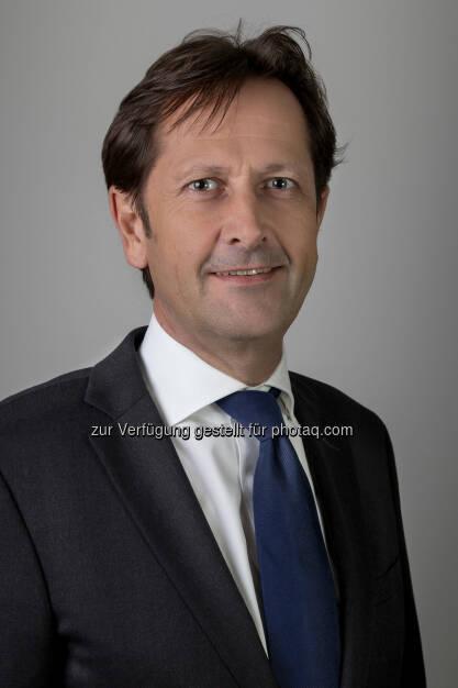 Markus Kirchmair, der zuletzt den Bereich Business Management & Development in der RBI leitete, wird neues Vorstandsmitglied der RCB. Vorbehaltlich der Zustimmung der Finanzmarktaufsicht (FMA) wird er als Marktfolgevorstand mit 1. Jänner 2015 die Funktionen des Chief Risk Officer sowie des Chief Finance Officer in der RCB wahrnehmen (Bild: RCB), © Aussender (26.11.2014)