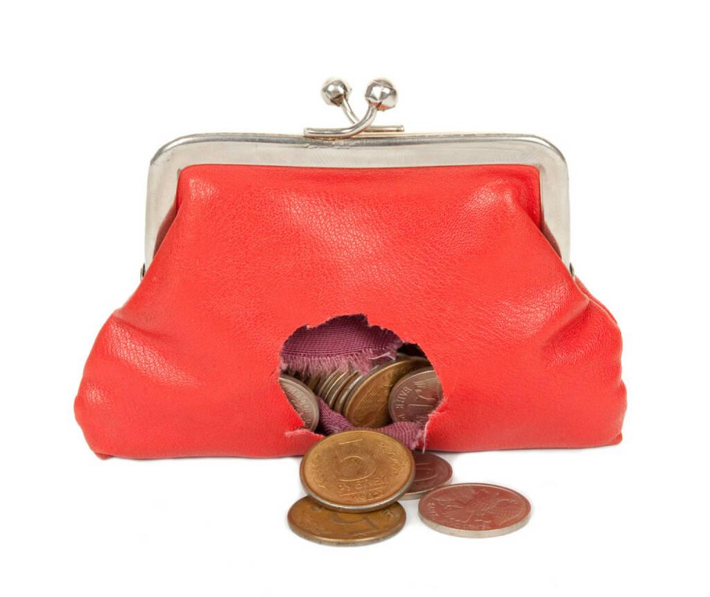 Geldbörsel, Strafzinsen, Negativzinsen, Loch, verlieren, pleite, Verlust, Geld, sparen, minus, http://www.shutterstock.com/de/pic-121369198/stock-photo-red-purse-with-hole.html, © www.shutterstock.com (28.11.2014)