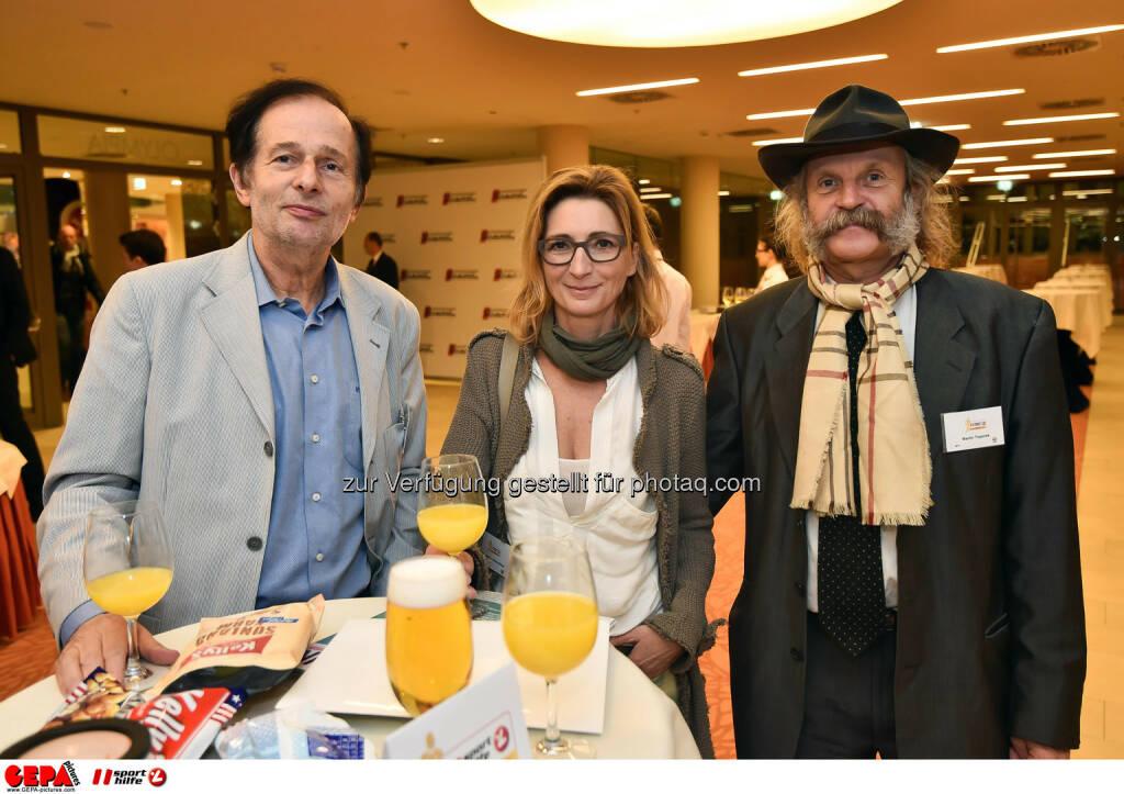 Roland Herzog, Sabine Schmoelzer und Martin Toporek. (Photo: GEPA pictures/ Martin Hoermandinger) (02.12.2014)