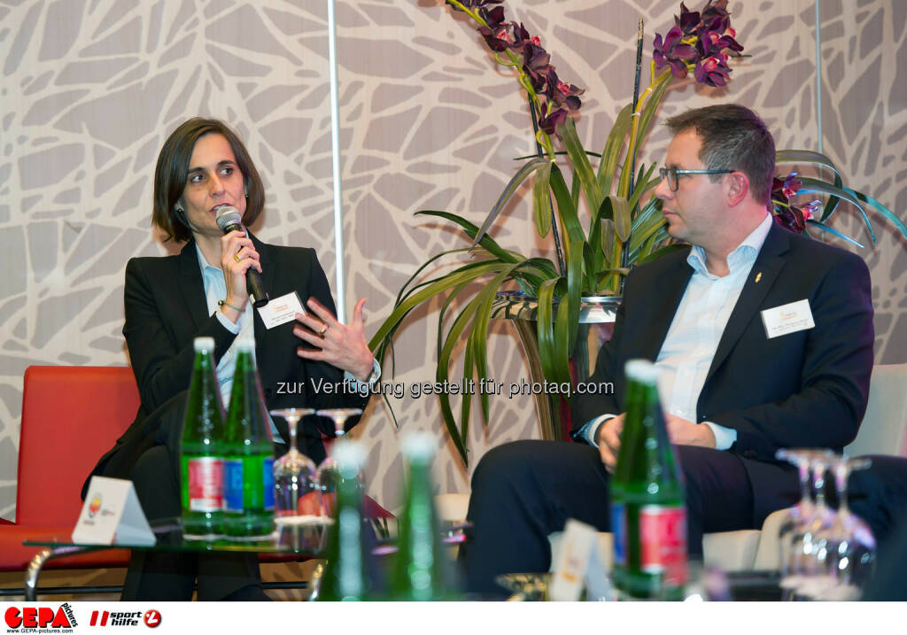 Renate Imobersdorf and Wolfgang Mayer. (Photo: GEPA pictures/ Martin Hoermandinger) (02.12.2014)