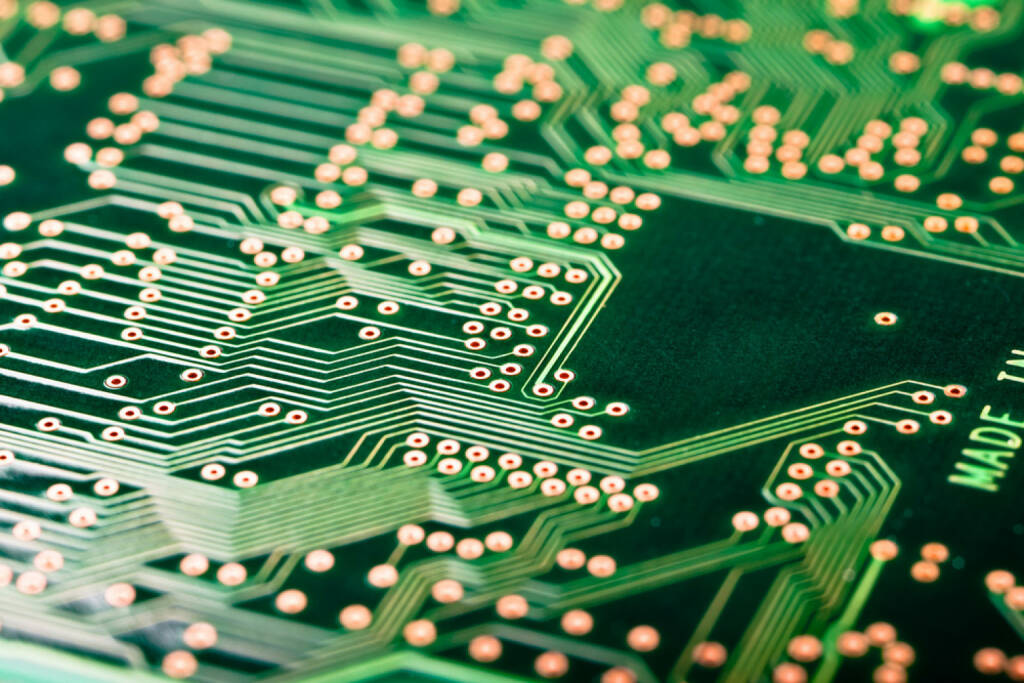 Leiterplatte, Computer, Elektronik, Technik, IT, Internet, Hardware, PCB, http://www.shutterstock.com/de/pic-110516621/stock-photo-macro-shot-of-the-back-side-of-a-circuit-board.html (05.12.2014)