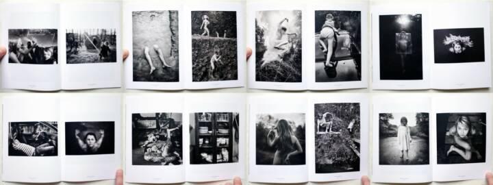 Alain Laboile - The Family, Edition Bessard 2014, Beispielseiten, sample spreads - http://josefchladek.com/book/alain_laboile_-_the_family
