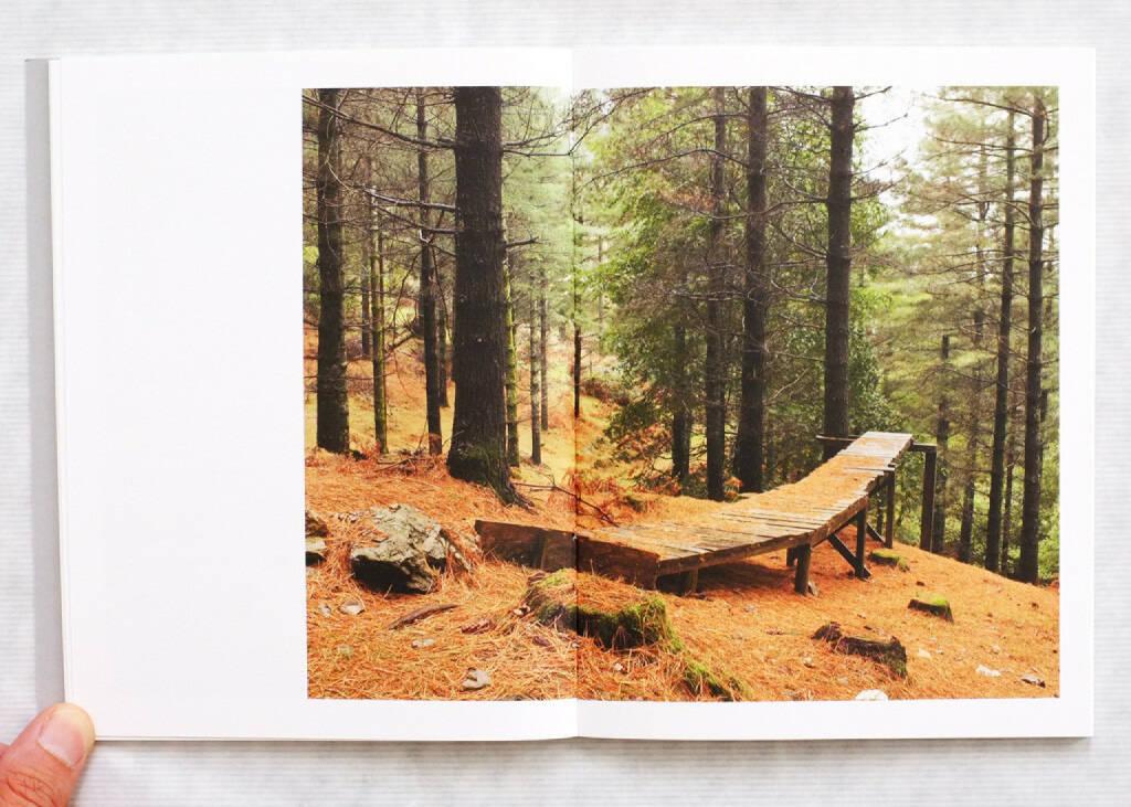 Paul Gaffney - We Make the Path by Walking (2013), 200-250 Euro, http://josefchladek.com/book/paul_gaffney_-_we_make_the_path_by_walking (08.12.2014)
