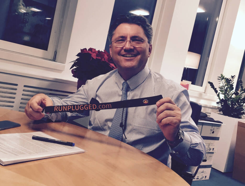 Karl-Heinz Strauss, Porr, mit dem Runplugged-Laufgurt (10.12.2014)