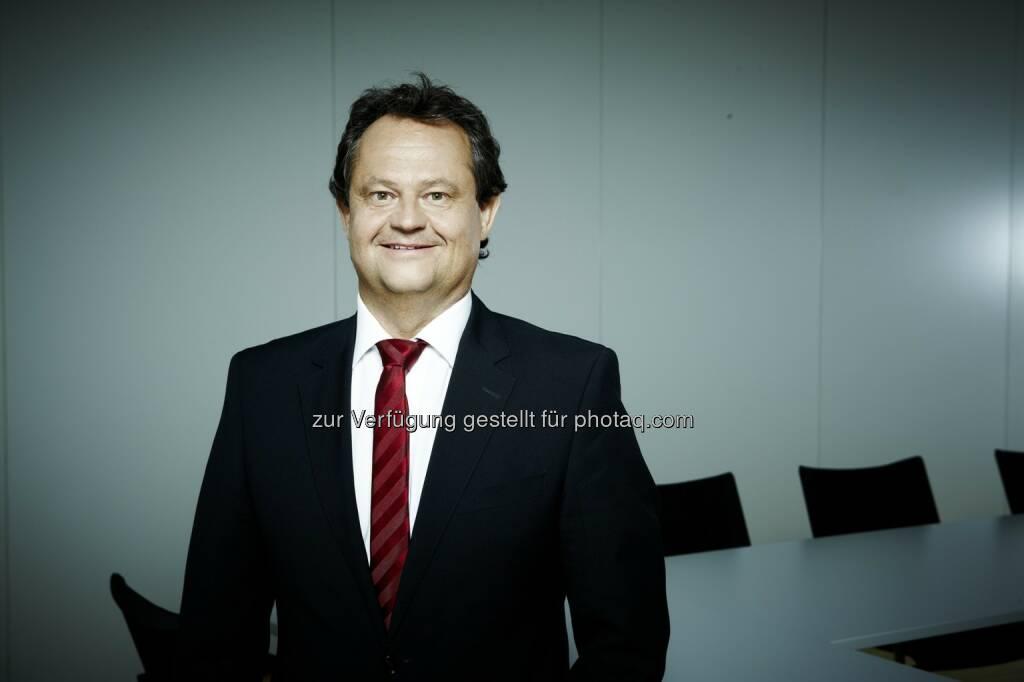 Ingo Raimon als Präsident des Forums der forschenden pharmazeutischen Industrie wiedergewählt, © Aussender (12.12.2014)