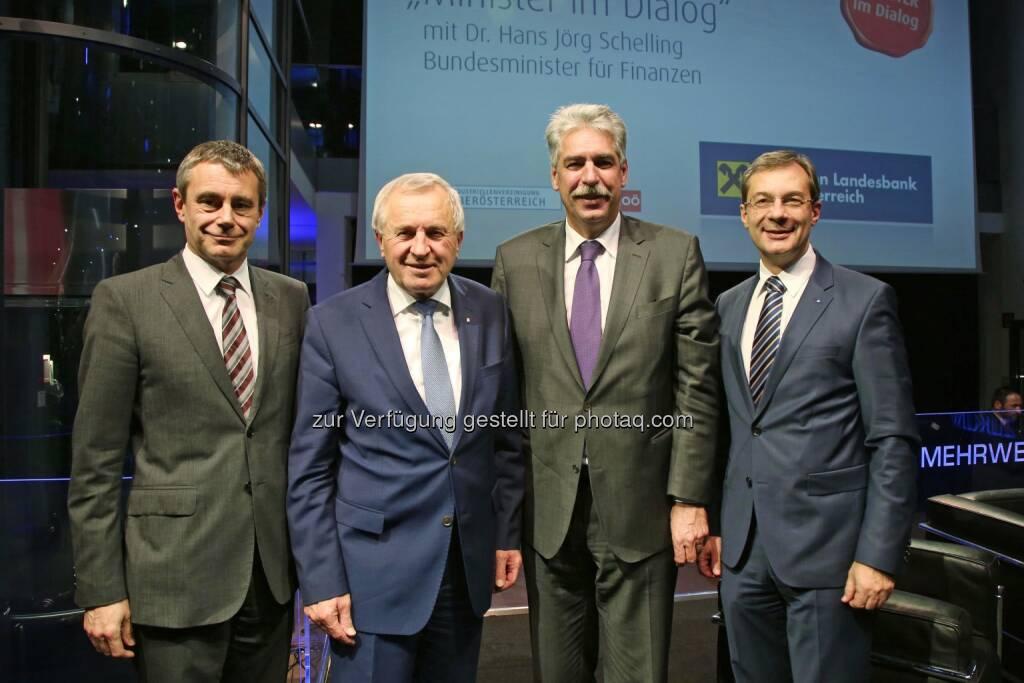 Heinrich Schaller (RLB OÖ), Landeshauptmann-Stv. Franz Hiesl, Jörg Schelling (Finanzminister), Axel Greiner (Industriellenvereinigung OÖ-Präsident) (16.12.2014)