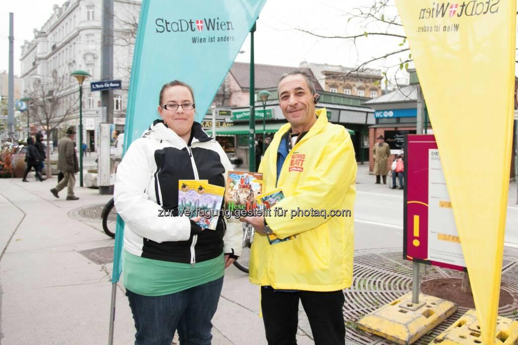 Wiener Bezirksblatt-Aktion verschenkte in den letzten Wochen tausende Bücher an Literaturfans. Verteilt wurde unter anderem auf zahlreichen Märkten und in Einkaufszentren., © Aussender (20.12.2014)