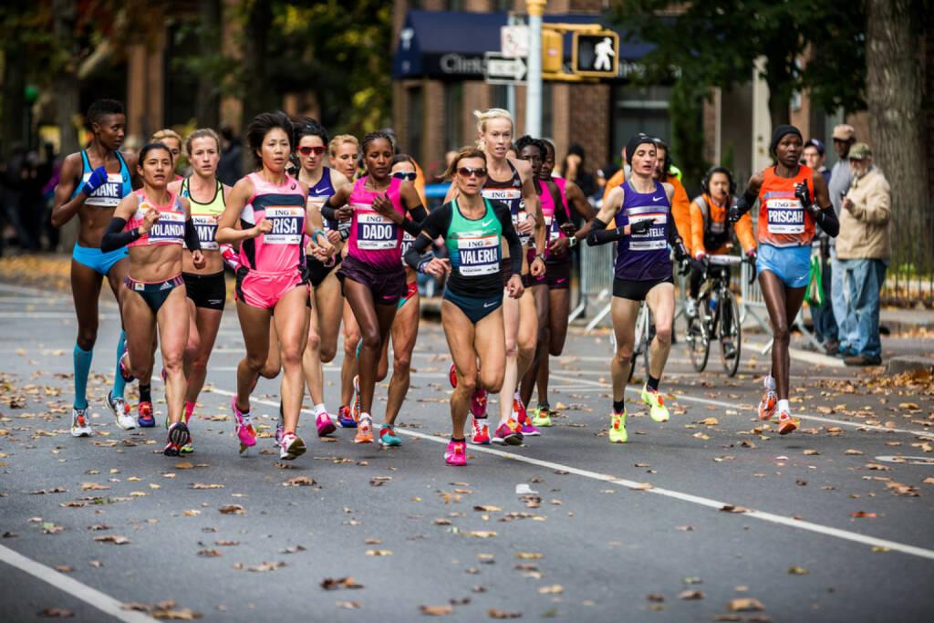 New York City, USA, Marathon, Läufer, Elite, The Big 6, The Big Six, <a href=http://www.shutterstock.com/gallery-1380418p1.html?cr=00&pl=edit-00>Eduard Moldoveanu</a> / <a href=http://www.shutterstock.com/editorial?cr=00&pl=edit-00>Shutterstock.com</a>, Eduard Moldoveanu / Shutterstock.com, © www.shutterstock.com (25.12.2014)