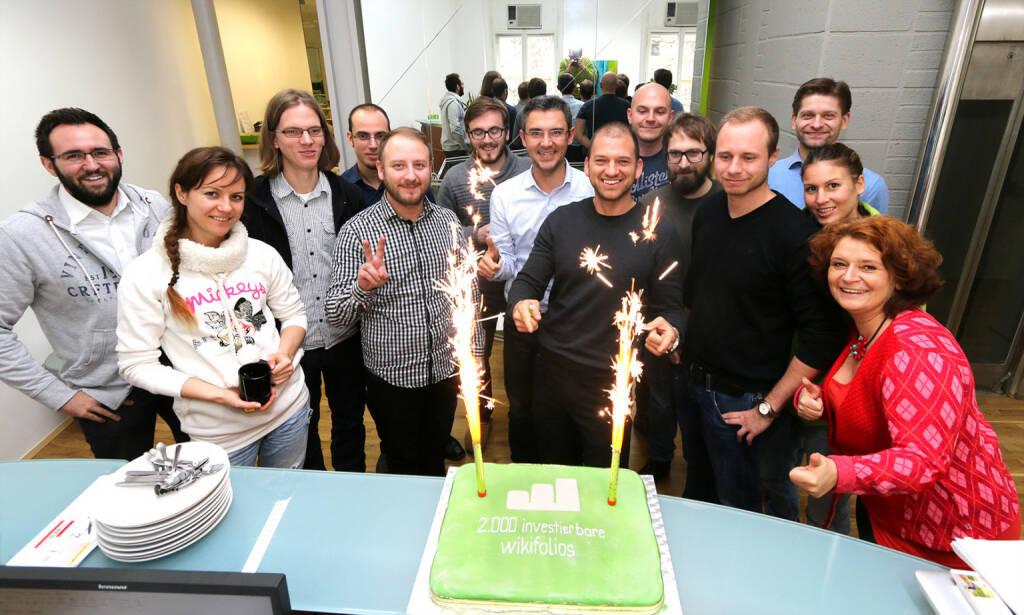 """Christina Öhler: """"So rasant wie  2014 für wikifolio.com mit der Finanzierungsrunde begann, geht es auch mit einem stetig wachsendem Team und der Feier zum 2.000 investierbaren wikifolio zu Ende."""" (29.12.2014)"""