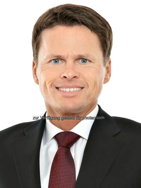 Sascha Hödl (Partner Schönherr): Schönherr hat die Heta Asset Resolution (Heta) beim Abschluss der Verkaufsverhandlungen für das Südosteuropa-Netzwerk der einstigen Hypo Alpe-Adria-Bank International (SEE-Netzwerk) beraten., © Aussendung (30.12.2014)