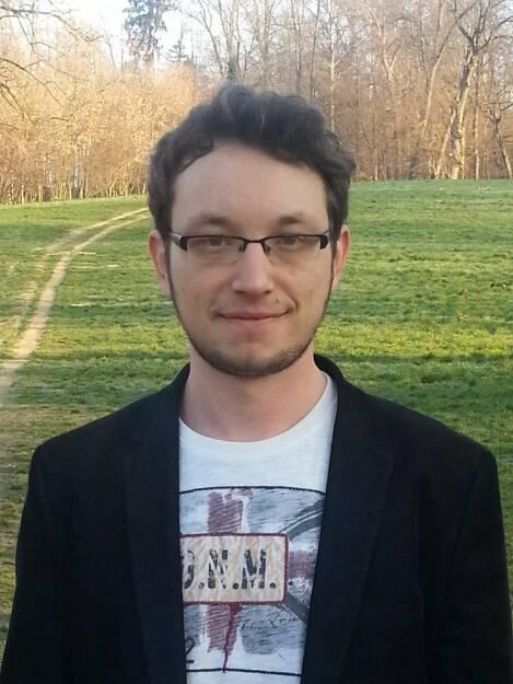 Daniel Koinegg: Die Story des Jahres war für mich aus bizarrer Hinsicht die Geschichte mit Ultrasonic. Das ist der Link zum Beitrag: http://bargain-magazine.com/gedanken-zur-ultrasonic-ag/ (31.12.2014)