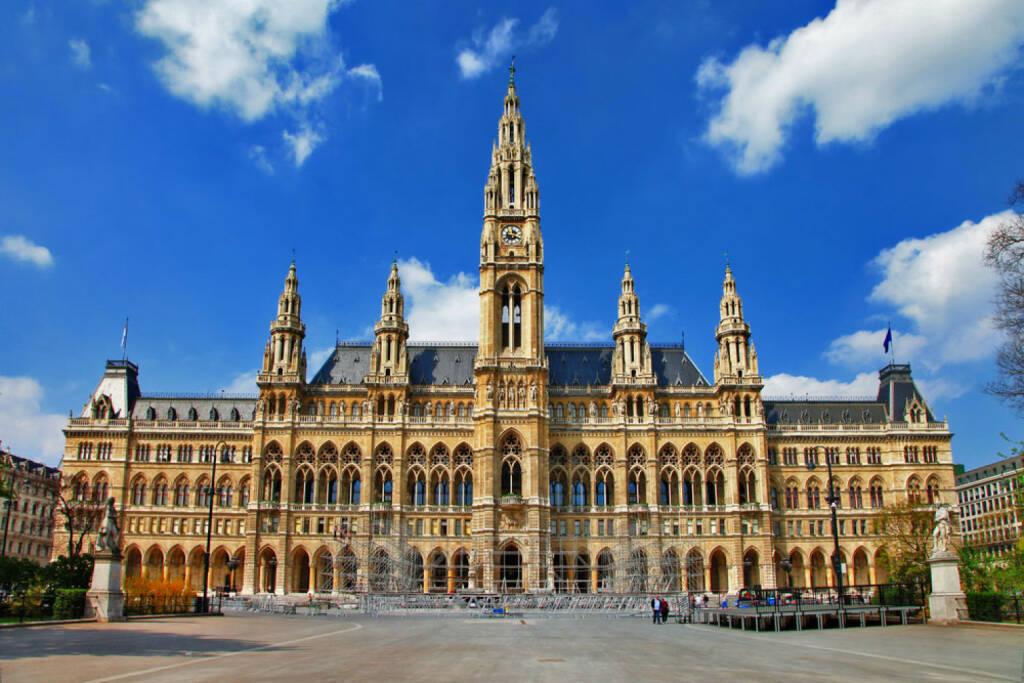 Rathaus, Wien, Österreich, Ringstrasse, http://www.shutterstock.com/de/pic-153090674/stock-photo-viena-city-hall-austria.html, © www.shutterstock.com (03.01.2015)