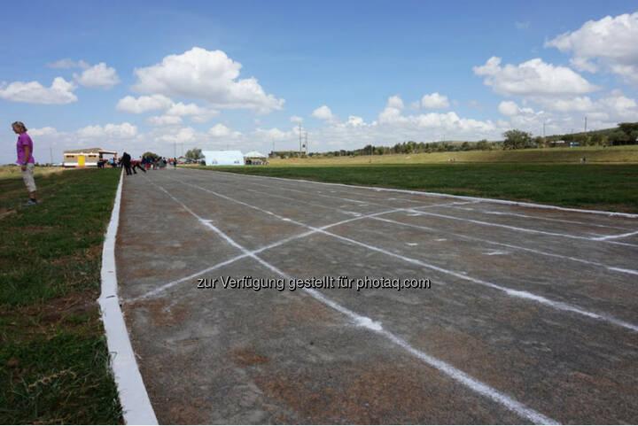 Eröffnung des Run2gether- Kiambogo Primary School – Stadium, Laufbahn