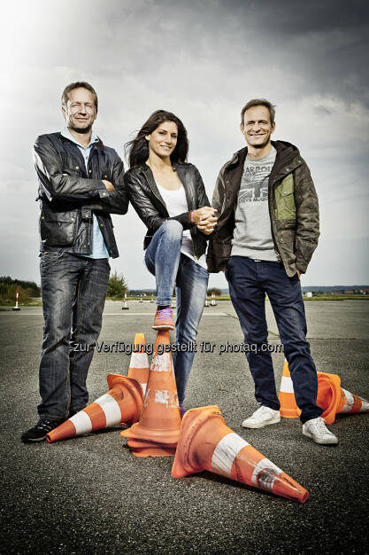 RTL II: Grip - Das Motormagazin: Schrottchallenge mit Matthias Malmedie, Cyndie Allemann und Niki Schelle, © Aussendung (08.01.2015)